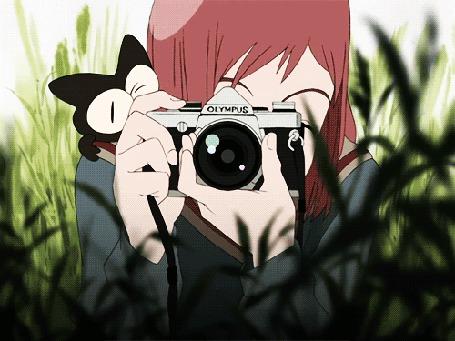 Анимация Девушка с фотоаппаратом и черная кошка (© chucha), добавлено: 17.03.2015 08:26