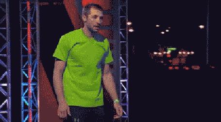 Анимация На телешоу обнаженный парень преодолевает все препятствия и добегает до финиша (© Anatol), добавлено: 17.03.2015 18:37