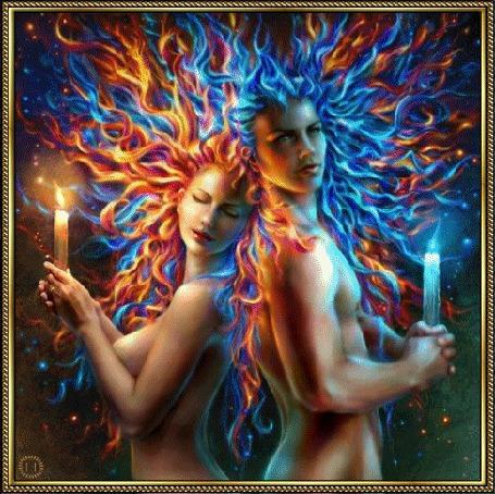 Анимация Влюбленные обнаженные парень и девушка с развевающимися волосами, держат в руках горящие свечи