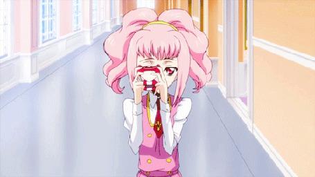 Анимация Девочка с розовыми волосами фотографирует на фотоаппарат, момент из аниме Code Geass Hangyaku no Lelouch / Код Гиас Восставший Лелуша