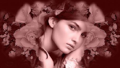 Анимация Лицо красивой девушки среди цветов, с сидящей на ее голове бабочкой (© Akela), добавлено: 04.04.2015 17:46