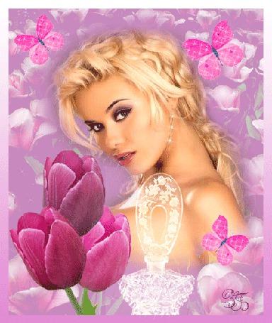 Анимация Девушка блондинка смотрит на нас, она окружена розовыми бабочками, слева три розовых тюльпана