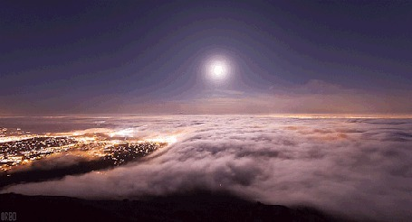 Анимация Проплывающие над городом облака, by Orbo (© Seona), добавлено: 22.04.2015 12:15