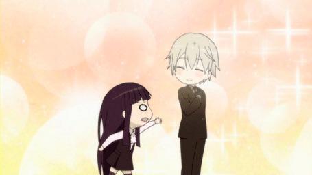 Анимация Девушка пытается отобрать у парня вещь, кадр из аниме Inu Г— Boku SS / Ёкай из секретной службы и я (© Kuppuru), добавлено: 23.04.2015 18:29