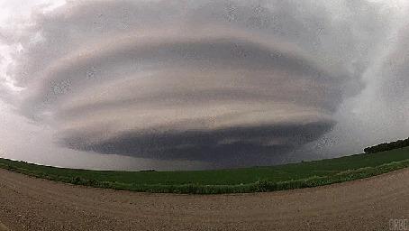 Анимация Образующееся торнадо, by Orbo (© Seona), добавлено: 28.04.2015 13:53