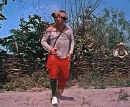 Анимация Попандопуло (Михаил Григорьевич Водяной) лихо отплясывает веселый танец
