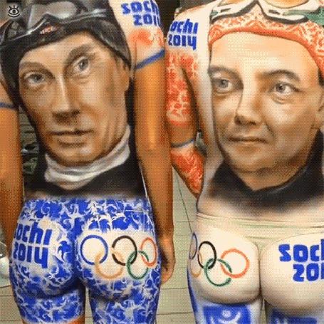 Анимация Красивый бодиарт на сексуальных болельщицах с изображением В. Путина и Д. Медведева на Сочи 2014 (© Anatol), добавлено: 05.05.2015 00:27