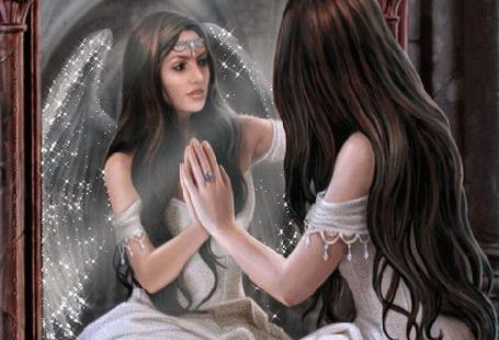 Анимация Девушка видит в отражении ангела (© zlaya), добавлено: 10.05.2015 17:39