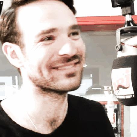 Анимация Обворожительная улыбка Чарли Кокса (© Demi), добавлено: 12.05.2015 16:03