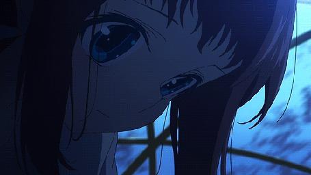 Анимация Мукайдо Манака / Mukaido Manaka плачет и ее слезы превращаются в осколки, падая на Сакишиму Хикари / Sakishima Hikari из аниме Безоблачное завтра / Nagi no Asu Kara
