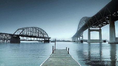 Анимация Пирс на фоне мостов через реку (© Seona), добавлено: 28.05.2015 00:39