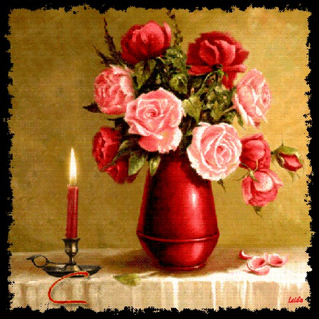 Анимация Ваза с розами и рядом свеча с надписью Счастья Вам (© qalina), добавлено: 30.05.2015 12:11