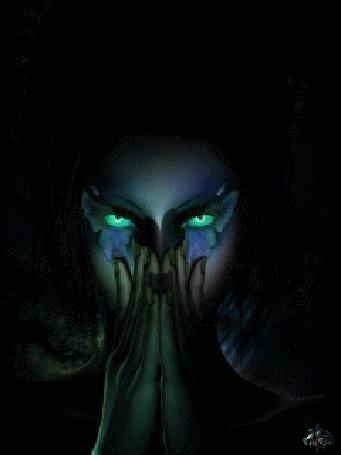 Анимация Девушка закрыла часть лица руками, открытой осталась маска на глазах, в виде бабочки