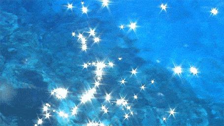Анимация Переливающаяся голубая вода (© zmeiy), добавлено: 08.06.2015 21:33