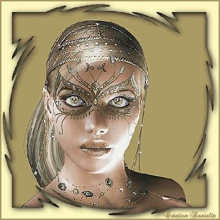 Анимация Девушка в маске с большими красивыми глазами в украшениях (© qalina), добавлено: 13.06.2015 07:03