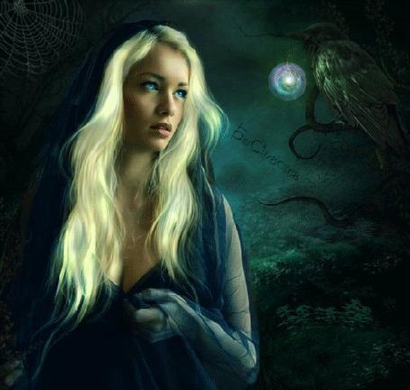 Анимация Девушка и ворон со светящимся кулоном в клюве, на фоне зловещего леса