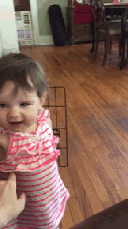 Анимация Маленькая девочка обиделась на фамильярное обхождение кого - то из родителей (© Anatol), добавлено: 19.06.2015 15:44