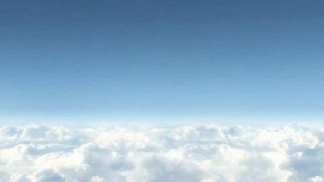 Анимация Самолет появляется и улетает над облаками (© zmeiy), добавлено: 02.07.2015 11:32