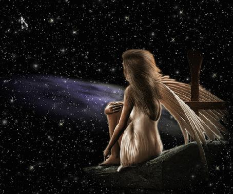 Анимация Ангелочек девушка на фоне ночного неба
