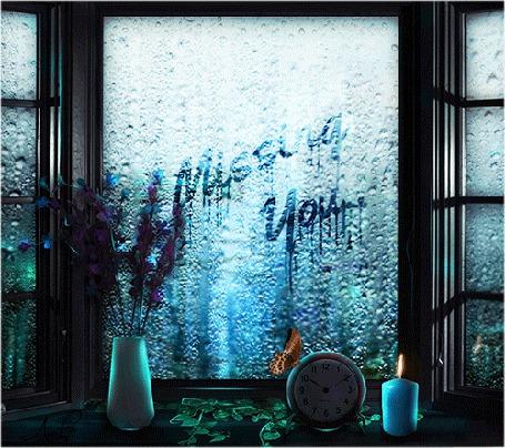 Анимация По оконному стеклу стекают дождевые капли, на подоконнике стоят ваза с цветами, часы с сидящей на них бабочкой и горящая свеча (Missing You./Скучаю по тебе), by Aura Blade