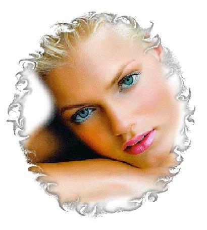 Анимация Девушка с голубыми глазами что-то шепчет губами