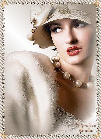 Анимация Ретро девушка в шляпке и в мехах с бусами на шее, Grafica Amalia (© qalina), добавлено: 06.07.2015 23:47