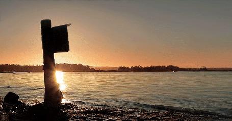 Анимация Почтовый ящик у берега моря (© Seona), добавлено: 07.07.2015 13:30