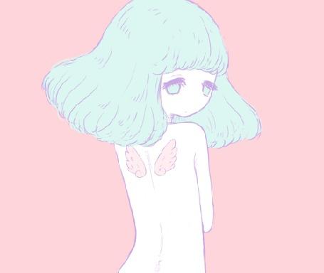 Анимация Девушка с бирюзовыми волосами и глазами смотрит на свои маленькие крылышки за спиной, на розовом фоне