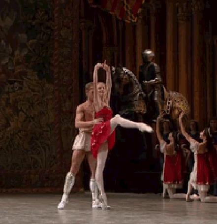 Анимация Парень с девушкой в танце (© zmeiy), добавлено: 14.07.2015 10:32