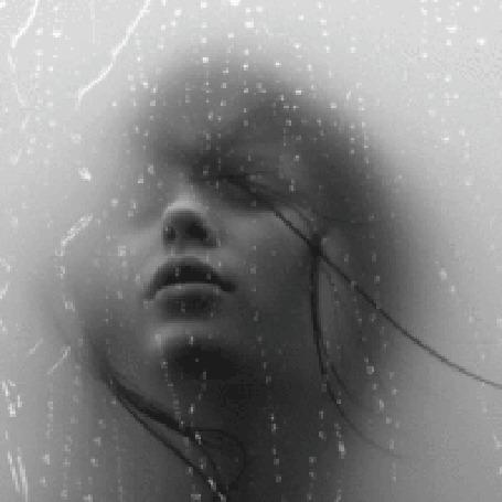 Анимация Девушка возле окна, где идет дождь (© zlaya), добавлено: 18.07.2015 21:23
