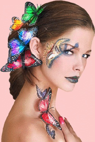 Анимация Девушка с бабочками в виде украшений