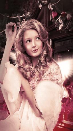 Анимация Девушка ангел шевелит крыльями (© phlint), добавлено: 20.08.2015 08:34