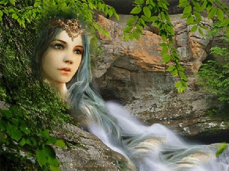 Анимация Девушка на фоне скалы, ее волосы выглядят в виде воды