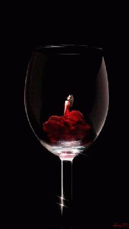 Анимация Девушка в красном платье в фужере, Grus 777 (© phlint), добавлено: 19.09.2015 09:30