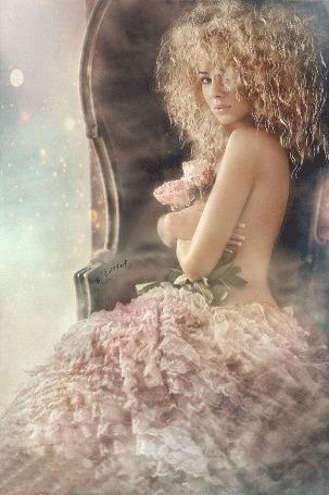 Анимация Милая блондинка с розами в руках, Sima