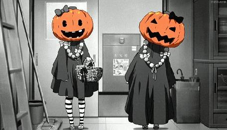 Анимация Две девушки в карнавальных костюмах (© chucha), добавлено: 23.10.2015 10:54