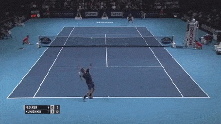 Анимация При игре в теннис мячик как бы прилипает к ракетке теннисиста (© Anatol), добавлено: 01.11.2015 14:44