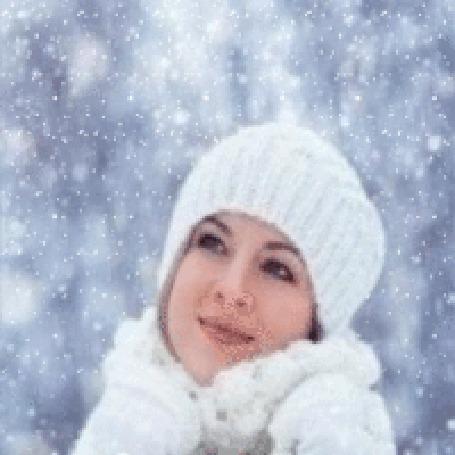 Обнаженные девушки в зимних одеждах фото 30-51