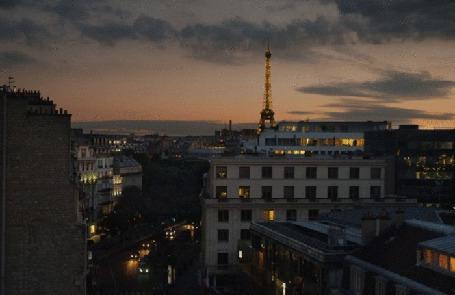 Анимация Автомобили движутся по улицам ночного Парижа, Франция (© phlint), добавлено: 18.11.2015 17:50