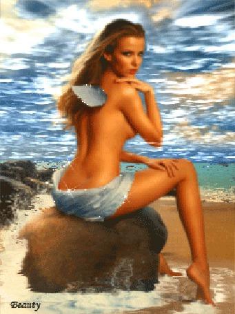 Анимация Полуобнаженная девушка смотрит манящим взглядом, сидя на камне у моря, Beauty