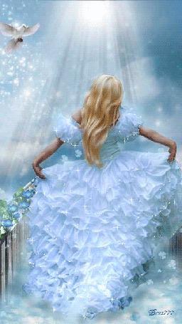 Анимация Девушка в голубом платье, придерживает его руками, сбоку парит голубь, ву Brus777