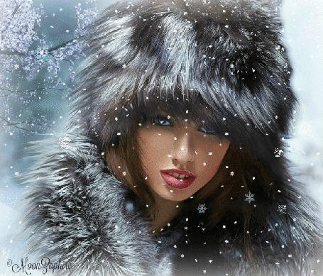 Анимация Девушка в мехах под падающим снегом, исходник by MoonZaphire (© zmeiy), добавлено: 22.12.2015 11:02