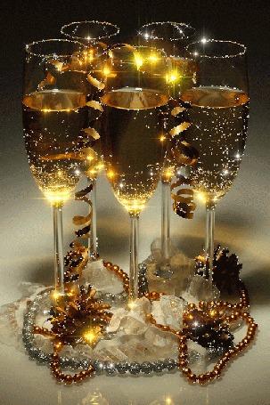 Анимация Шампанское искрится в бокалах и мерцает мишура (© NoFan), добавлено: 31.12.2015 20:17