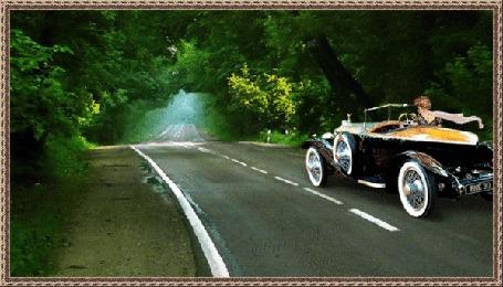 Анимация Великолепный черный кабриолет мчится по дороге, за рулем девушка с белым развевающимся шарфиком на шее (© zaberluskoni), добавлено: 30.01.2016 01:33