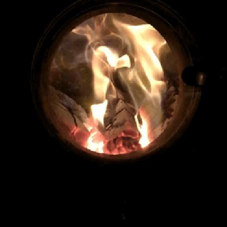 Анимация Ярко горящие дрова