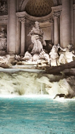 Анимация Искусственный водопад перед скульптурным рядом