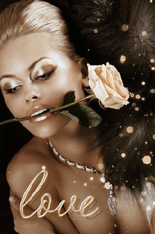 Анимация Блондинка с золотым макияжем держит прекрасную розу, (Love / любовь)