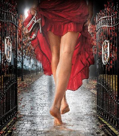 Анимация Девушка входит в ворота парка, приподняв в руках подол платья и держа в руке белые босоножки