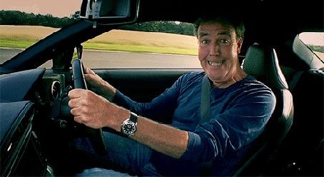Анимация Эмоциональный ведущий передачи TopGear Джереми Кларксон / Jeremy Clarkson за рулем машины