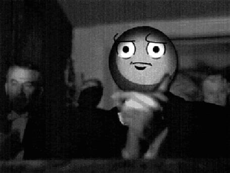 Анимация Человек с грустным смайлом вместо лица хлопает в ладоши